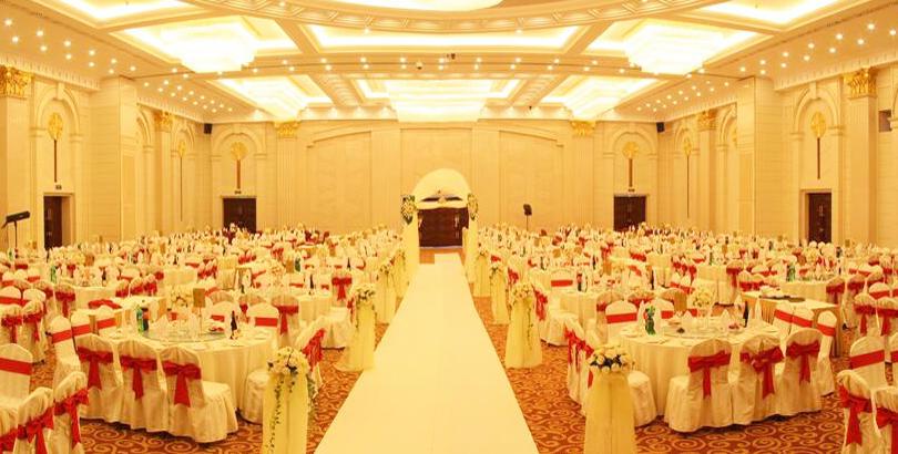 【小编跑酒店】惠州婚宴界的宠儿是哪家?看它就对了!